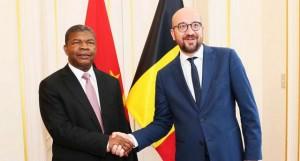 Bélgica: João Lourenço (à esq) com o presidente da Comissão europeia, Donald Tusk FOTO: ROSÁRIO DOS SANTOS