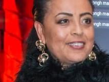 Artista Plástica Márcia Dias pintou telas oferecidas ao Presidente de Angola e Ministra da Cultura