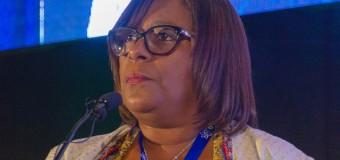 Ministra destaca rede de cooperação científica