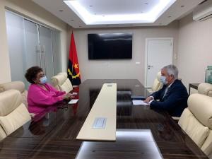 Ministra de Estado para a Área Social, Carolina Cerqueira, recebe Embaixador de Portugal. Créditos de: Cedida