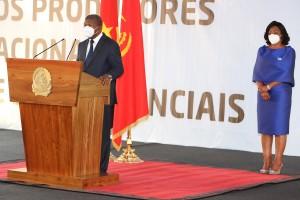 Presidente da República, João Lourenço, discursa na cerimónia de homenagem dos produtores nacionais de bens essenciais Foto: Pedro Parente