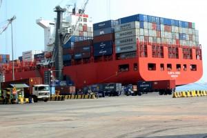 Um ângulo do Porto de Luanda Foto: Gaspar dos Santos