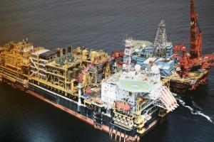 Plataforma de Petróleo  Fotografia por: ANGOP